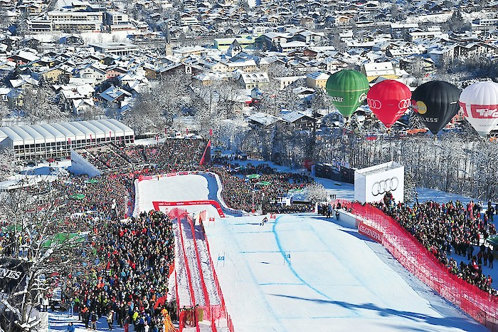 How many km of safety nets are there in Kitzbühel for the races?